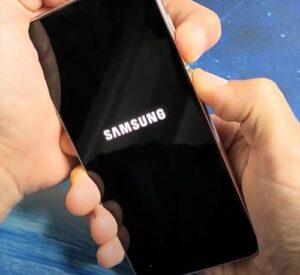 Reasons Why a Galaxy S21 Won't Turn On Black Screen Display Blank or Won't Turn On 1